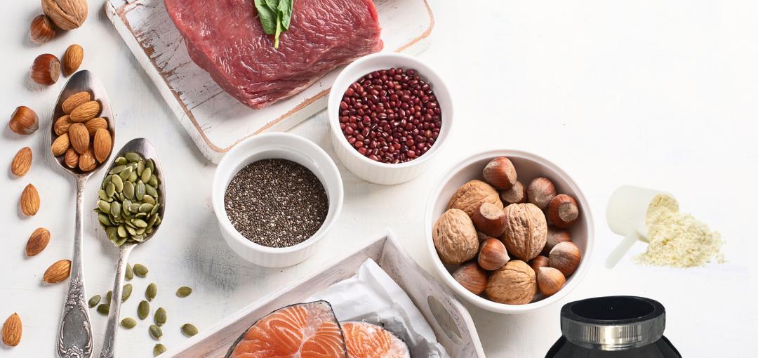 14 najboljših virov beljakovin (praktični izdelki iz trgovine). In koliko jih moraš sploh pojesti za atletsko postavo?
